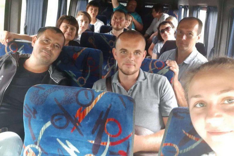 Дніпропетровська делегація прямує до Луганщини