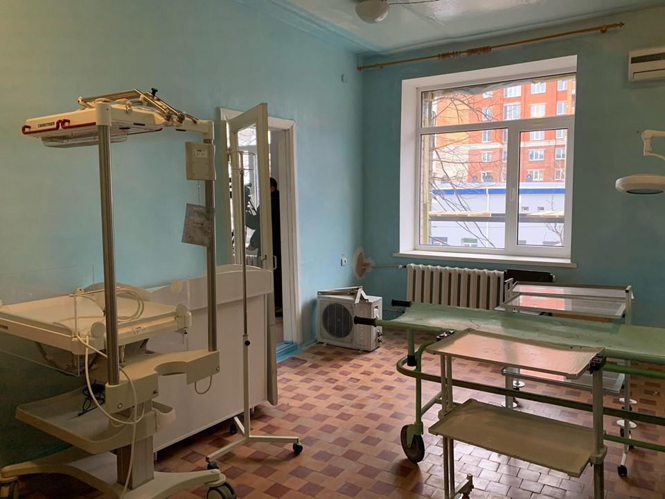 Слов'янськ придбав новий апарат штучної вентиляції легень для новонароджених - Фото №1