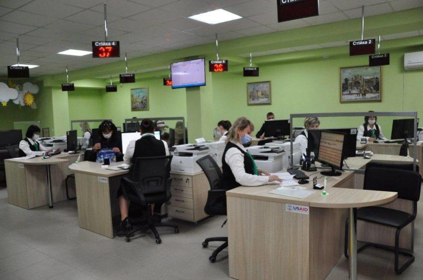Субсидії та пільги у Слов'янську тепер оформлюють у новому Прозорому офісі - Фото №1