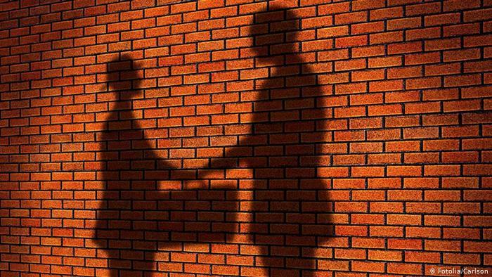 Без черг і штрафів – відкриття кінцевих бенефіціарів відтерміновано